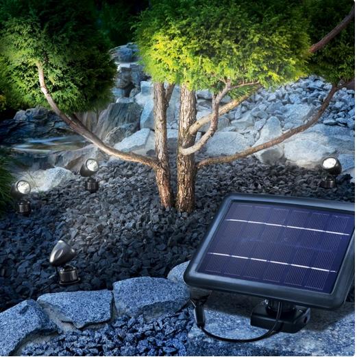 Quattro power 4 focos solares de led para jard n tfv for Focos para exterior jardin