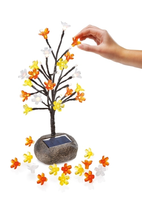 Arbolito solar de leds con flores de colores tfv solar - Arbolitos para jardin ...